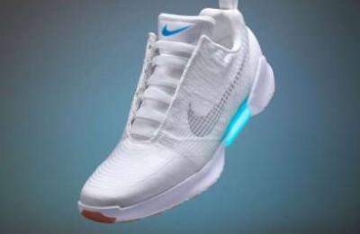 Nike-self-lacing-HyperAdapt-1