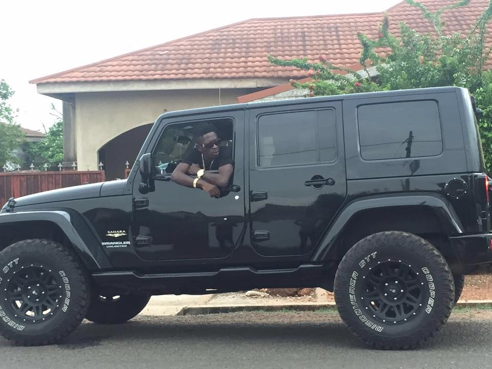 Shatta wale buys 2016 jeep wrangler unlimited sahara 4wd photo shatta wale buys 2016 jeep wrangler unlimited sahara 4wd photo african hitz fandeluxe